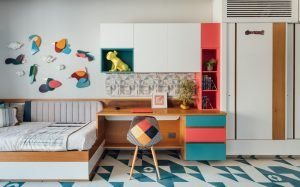 kids room decluttering and cleaning